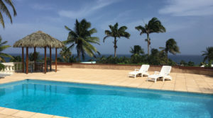 SAINTE-ANNE- Villa superbe- vue mer avec 3 studios