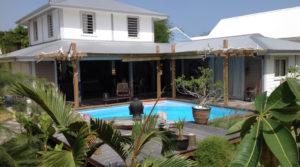 SAINT-FRANCOIS- Villa de Charme piscine