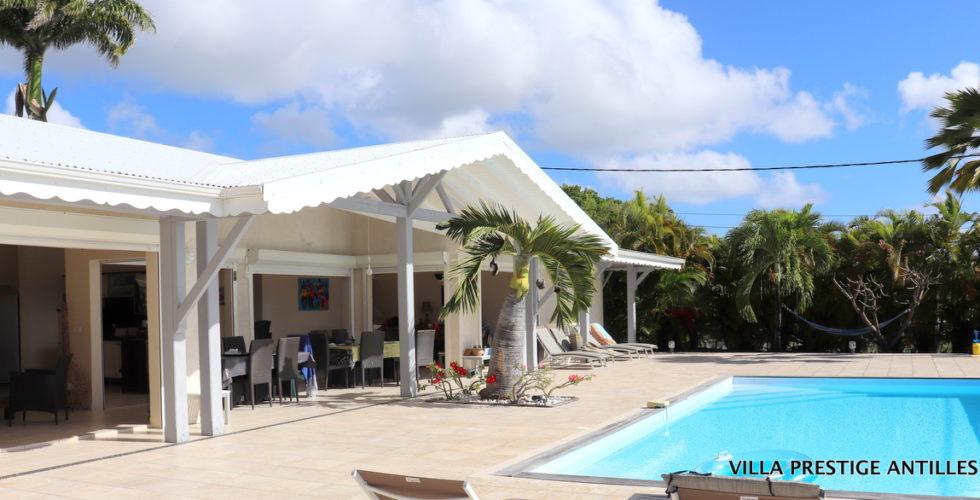 SAINT-FRANCOIS-  Villa vue mer- Investissement locatif